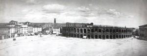Piazza Bra con l'Arena
