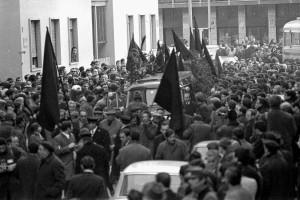 FUNERALI DELL'ANARCHICO GIUSEPPE PINELLI , MORTO NELLA QUESTURA DI MILANO ANNO 1969