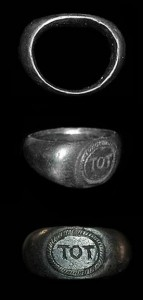 Silver_Tot_ring