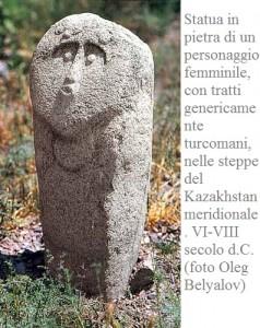 Statua in pietra di un personaggio femminile, con tratti genericamente turcomani