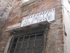 CalleErizzoodelebeledonne_01